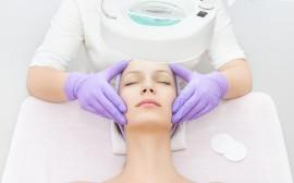 Higiene facial profunda