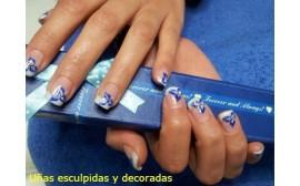 Uñas de gel o acrilicas